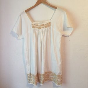 House of Harlow 1960  white w/ tab embroidery S